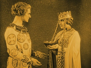 Siegfried and Kriemhild in Fritz Lang's Die Nibelungen (1924)