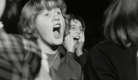 girls screaming at a beatles concert